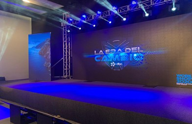P3.91mm 500 x 500mm high refresh LED display screen in Peru