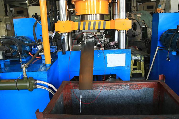 cutlery auto manufacture machine