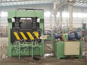 Hydraulic guillotine shears