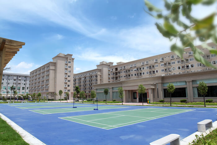 11羽毛球场、宿舍和礼堂.jpg