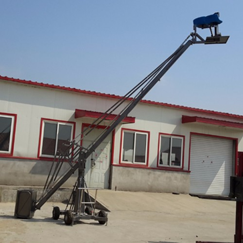 GF8 high imitation lifting manned camera crane