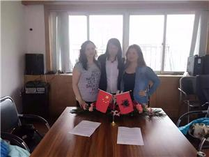 In May 12th 16, Albania customers came to the factory to visit and order