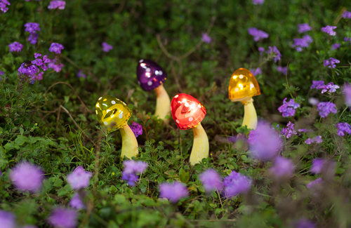 Colored solar mushroom lights