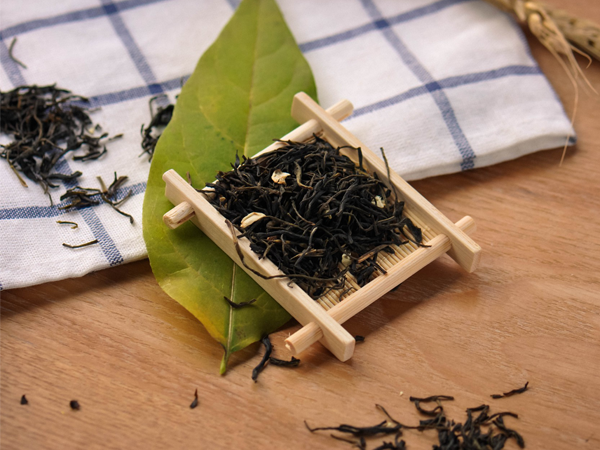 Pure plant essential oils