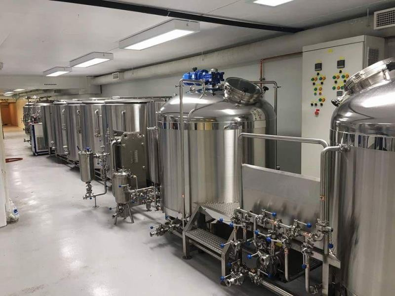 2000L Brewery equipment setup
