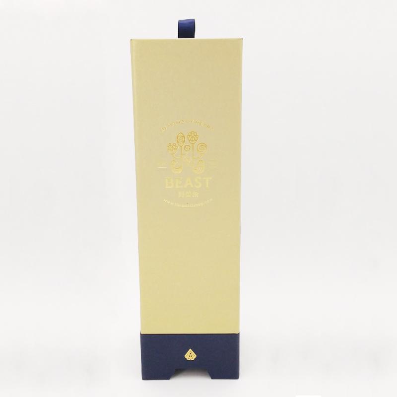 Wine bottle gift box