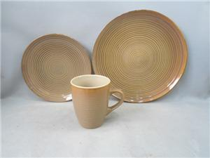 Ceramic New Design Dinner Set