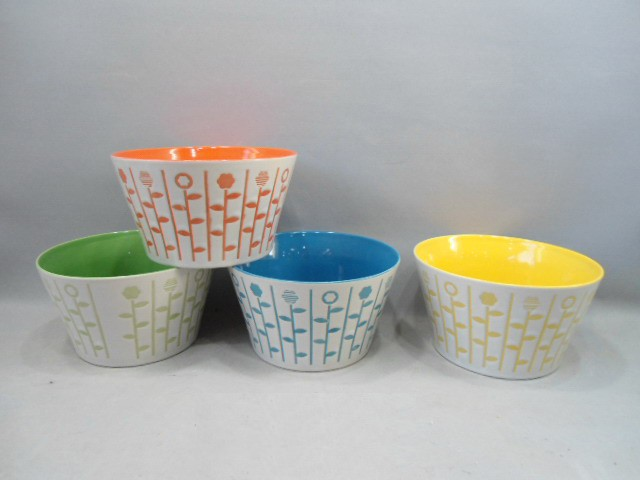 ceramic color mixing bowl