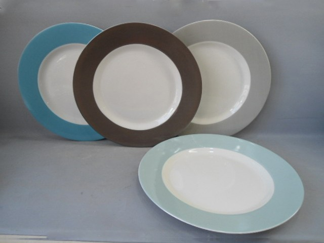 Colorful Ceramic Round Plate in Different Size
