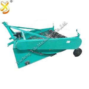 Automatische Entladekartoffelernte-Maschine durch Traktor