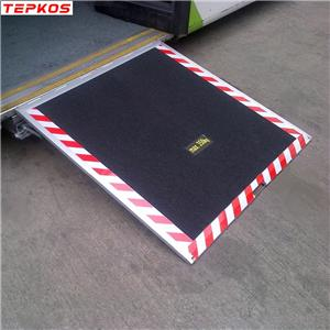 Bus Electric Motorized Disable Wheelchair Ramp