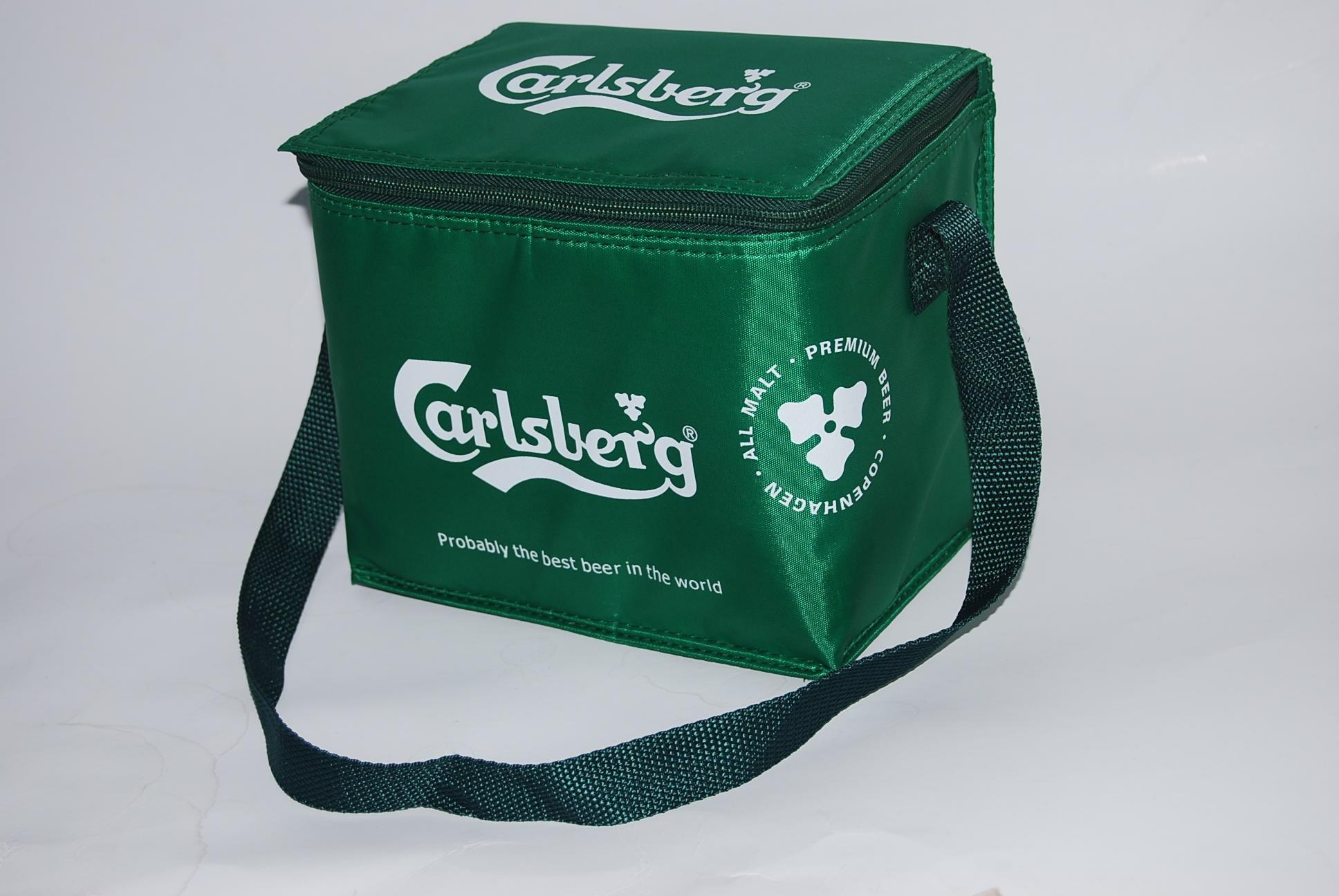 Make cooler bags for Carlsberg