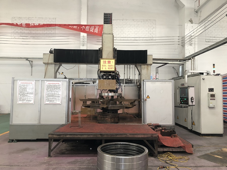 CNC Induction Hardening Machine -900x675.jpg