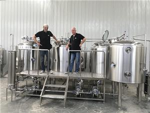 Complete Beer Brewing Equipment 1000L Beer Production Line
