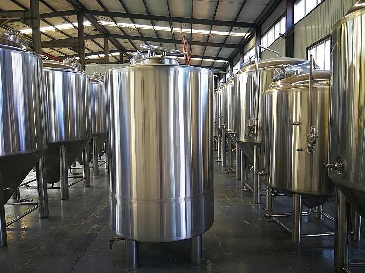 Réservoirs d'eau glacée en acier inoxydable