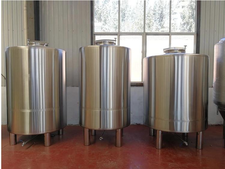 Réservoir d'eau en acier inoxydable 304 au glycol