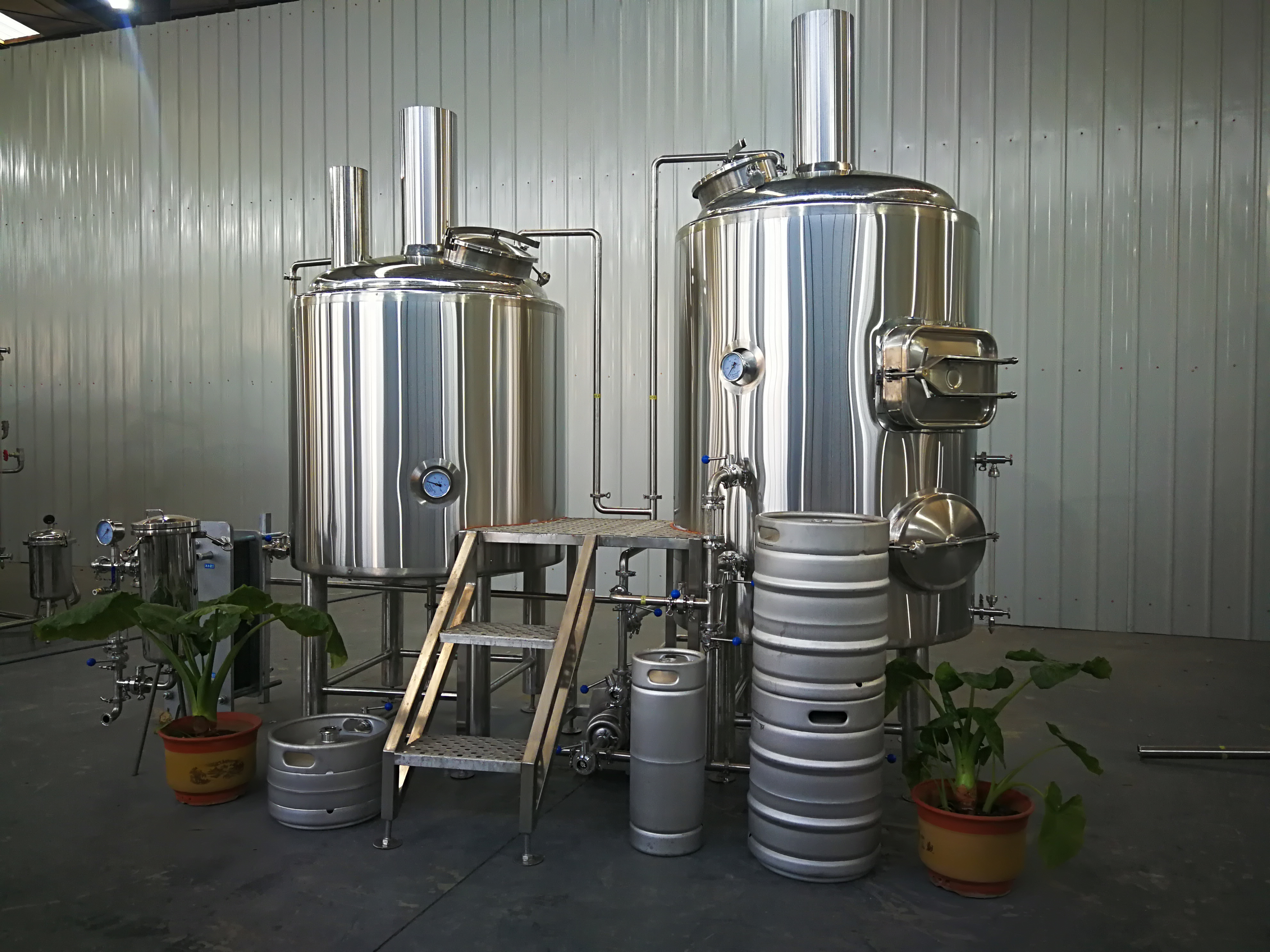 Hot Sale Beer Brewing Project 300L Small Beer Brewing Equipment