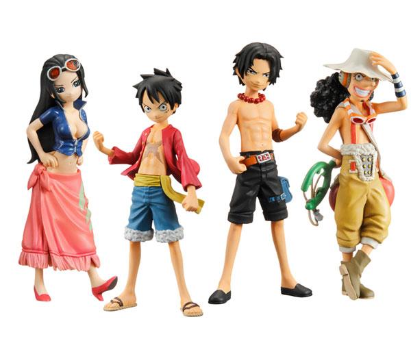 Plastic toy figure
