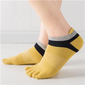 Meias do dedo do pé da forma cinco para homens
