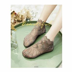 Personalized Stylish Lace Thin Breathable Crystal Petal Ladies Socks