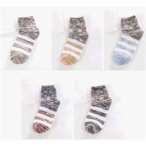 Personalized Creative Retro Harajuku Stars Stripe Trendy Men Socks