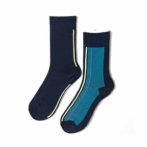 Wholesale Creative Left Right feet hit vertical street socks