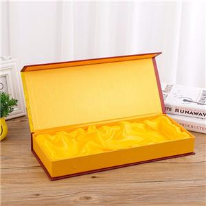 China Package Box Company Golden Color Magnetic Gift Box