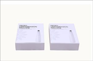 OEM China factory white color gift box with black color printing