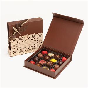 Caja de papel China Factory Chocolate con estampado de lámina de logotipo con blister en el interior y almohadilla de papel