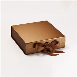China Factory packaging paper gift box with ribbon and foam insert
