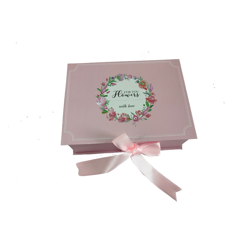 Подарочная бумажная коробка
