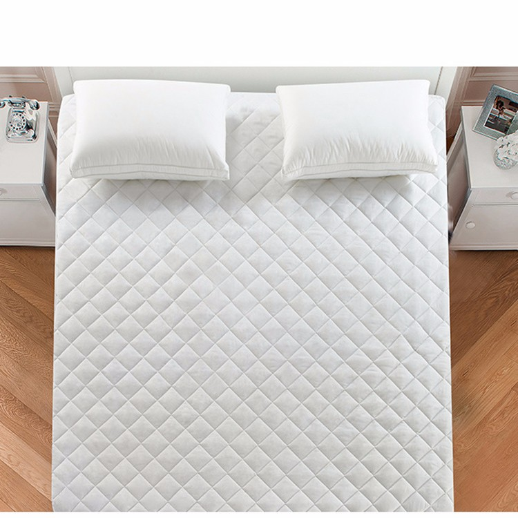 Waterproof Quilted Mattress Protector Cover with Zipper