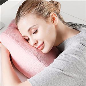 柔軟舒適的記憶泡沫午睡枕