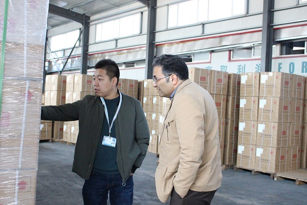 Welcome Our Old Customers From Iran To Visit Our Factory
