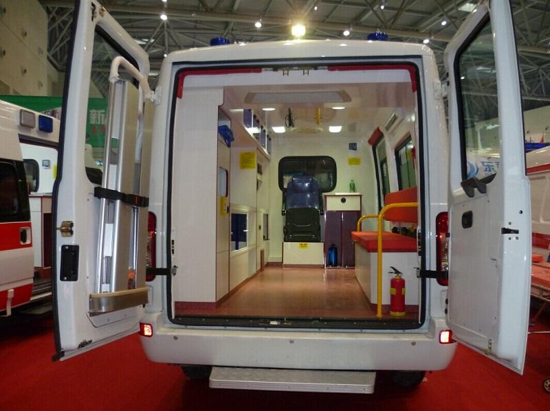 middle roof ambulance