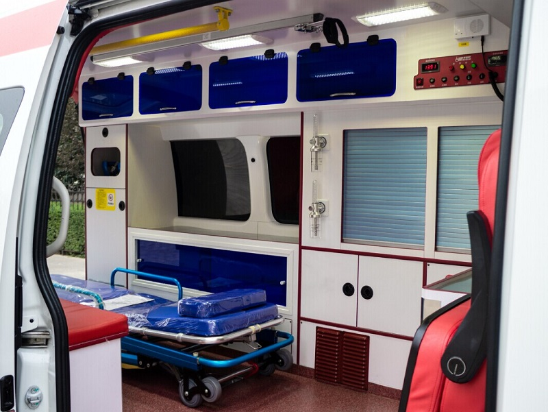 middle roof ambulance price