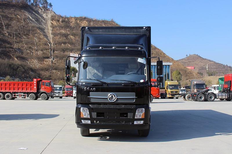 Dongfeng box truck