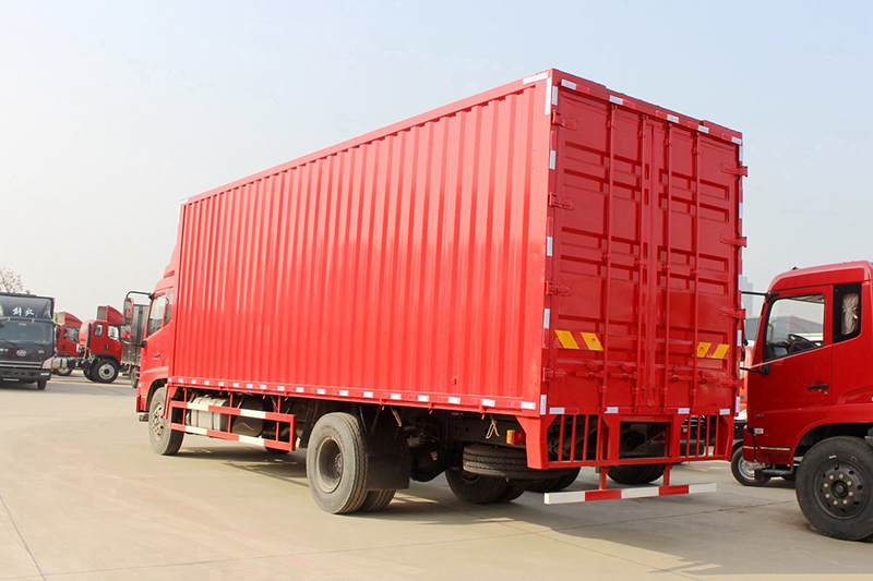 6 ton box truck
