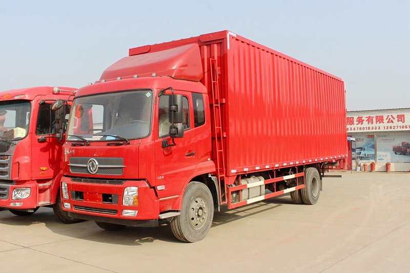 Dongfeng box truck chassis