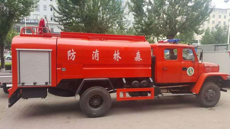 10M3 off road fire truck