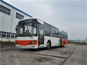 Semi-floor right hand drive Hino engine bus chassis