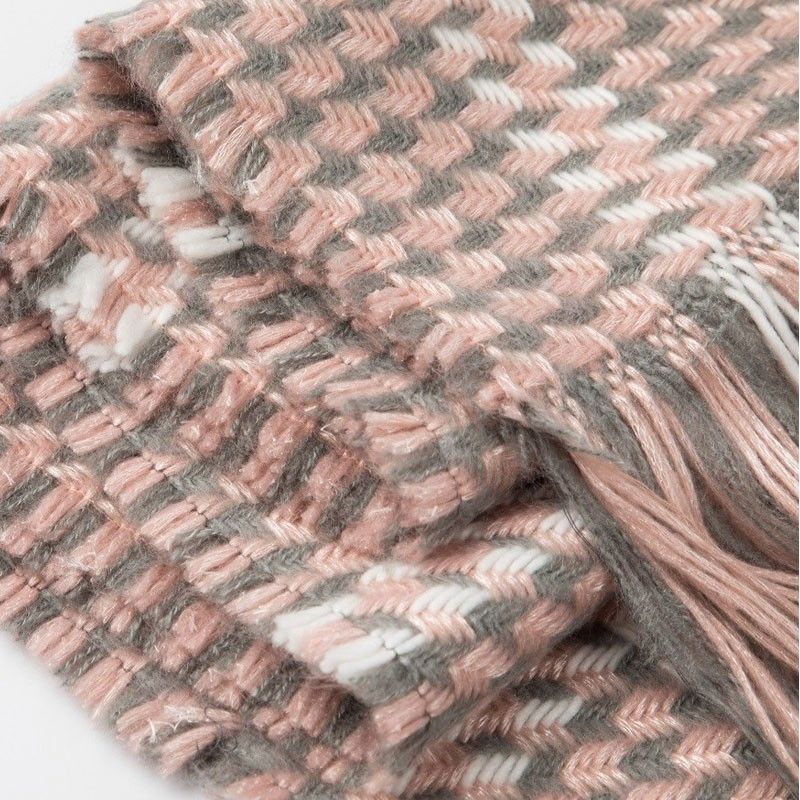 Plaid Warm Womens Woven Scarf Manufacturers, Plaid Warm Womens Woven Scarf Factory, Supply Plaid Warm Womens Woven Scarf