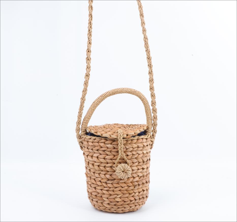 Hand-made straw bag