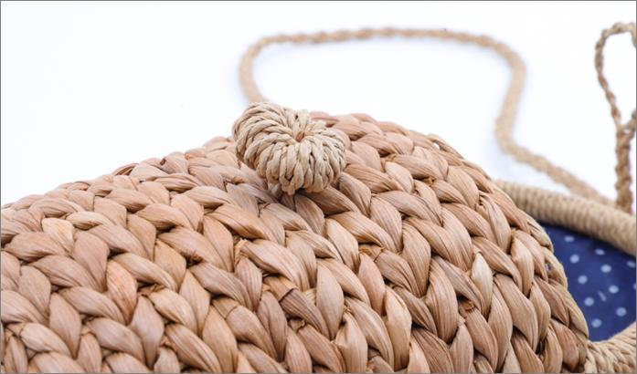 shoulder straw bag