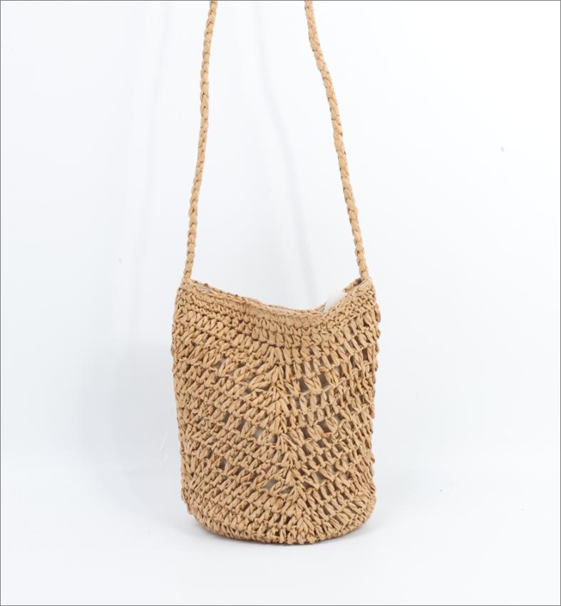 Soft straw bag