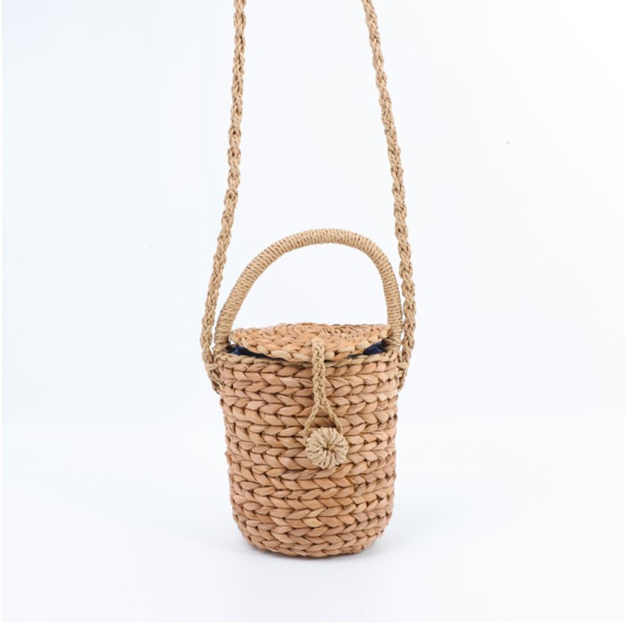 Hand-made Bucket Shoulder Straw Bag