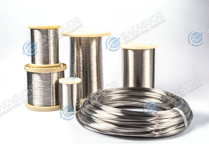 Stainless steel wire for re-drawing