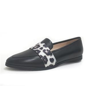 أسود من جلد الغزال الانزلاق على أحذية كعب مسطح المرأة المتسكعون جلد أسود