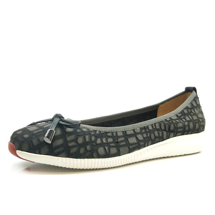 Women Ballet Flat Leather Loafer Driving Shoes Round Toe With Butterfly