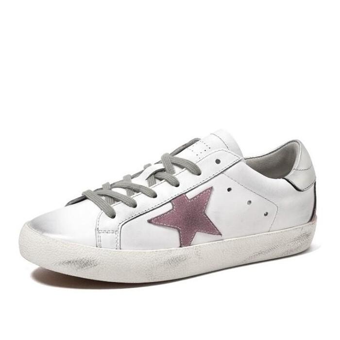 화이트 가죽 테니스 신발 레이스 업 흑인과 백인 스니커즈 화이트 더러운 여성 신발 스타와 함께